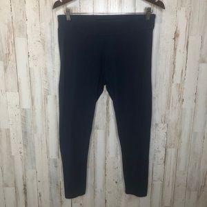 ☀️4/$20 Time & Tru medium navy blue legging